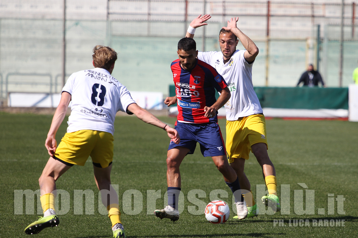 TARANTO-GRAVINA 1-0
